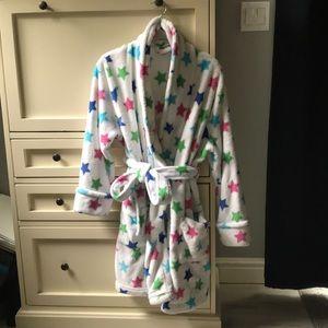NWOT croft&barrow star and white fluffy robe